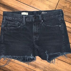 Gap black denim jean shorts 24 frayed hem
